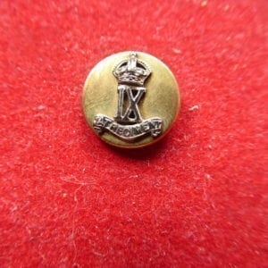9th Jat Regiment, small gilt button mounted with silver badge