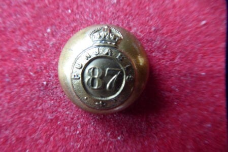 87th Punjabis, officer's gilt 18mm.